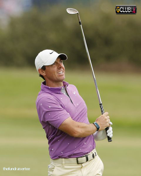 Scottish Open: Rory McIlroy หยุดชะงักเมื่อผู้ชมคว้าสโมสร